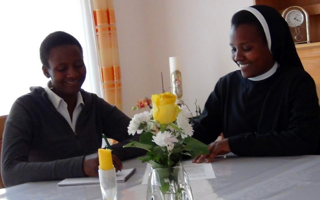 Schwester Elisabeth im Interview mit Veronika