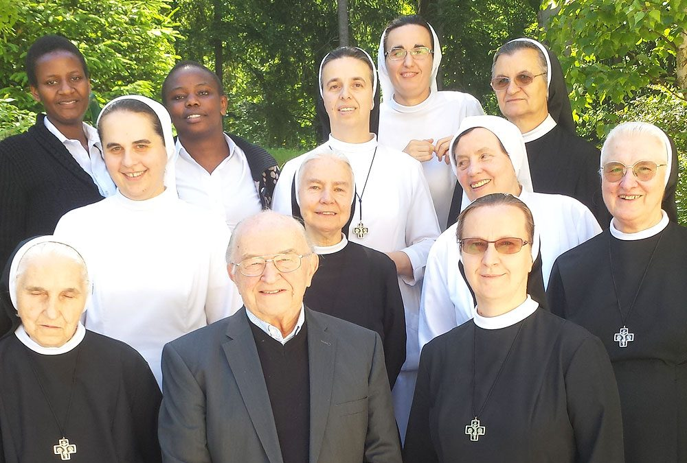 Interview von Sr. Agnes mit Altbischof Johann Weber