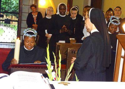 Ewige Profess bei den Dienerinnen Christi
